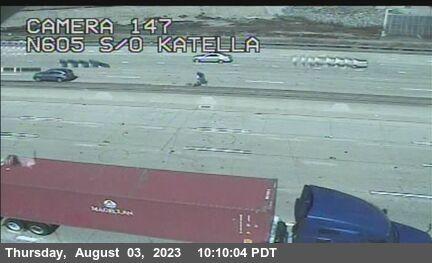 I-605 : South of Katella Avenue