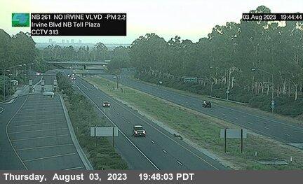 SR-261 : 370 Meters North of Irvine Boulevard Northbound Toll Plaza