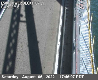 TVR26 -- I-580 : Lower Deck Pier 29