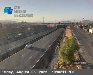 I-215 : (246) 1 Mile North of McCall Boulevard