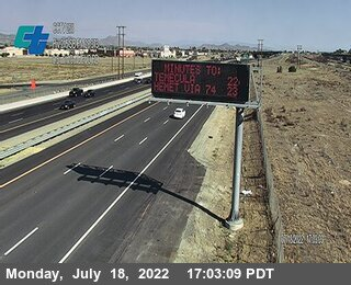 I-215 : (258) Southbound North of Nuevo Road