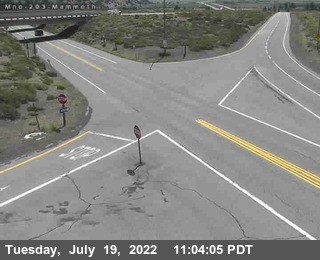 Cal Trans Webcam at Hwy 395 and 203 - Mammoth Lakes Exit